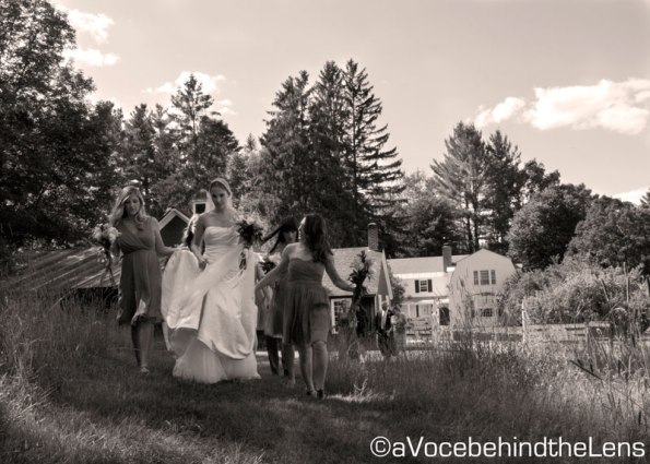 It wouldn't be much of a country wedding without some open field moments :)
